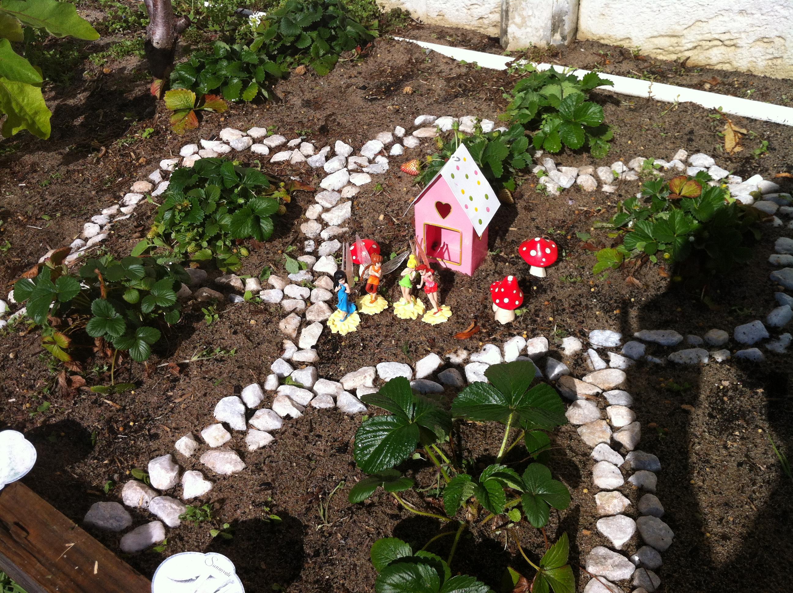 Etonnant Our Fairy Garden