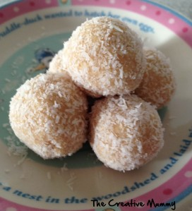 No Bake - Lemon & Coconut Balls - The Creative Mummy